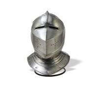 Шлем рыцарский с забралом