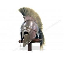 Шлем коринфский со светлым плюмажем