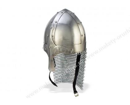 Норманнский шлем с кольчужной защитой