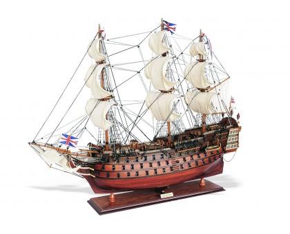 """Модель корабля """"HMS Victory"""" средний Англия"""