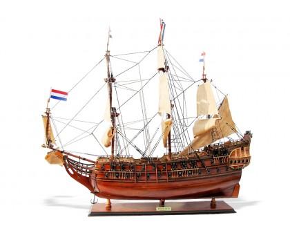 """Модель корабля """"Friesland"""" большой Голландия"""