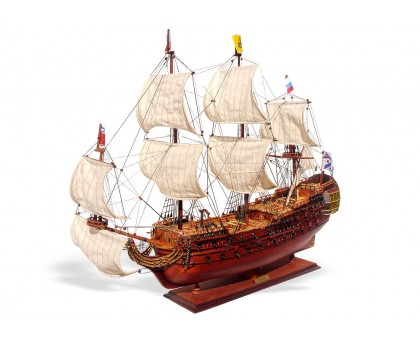 """Модель линейного корабля """"Полтава"""""""